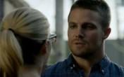 Oliver asks Felicity out