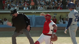 the-naked-gun-umpire-scene